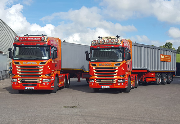 As for the fleet on the road, the Bradys continue to put their trust in the Scania brand. )