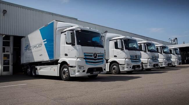 Daimler Trucks)