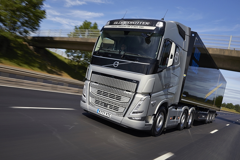 Volvo FH with I-Save)