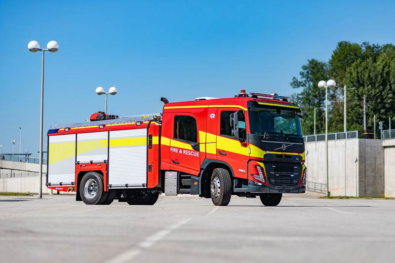 Volvo FM and Volvo FMX trucks are now available for use as Fire Service vehicles)