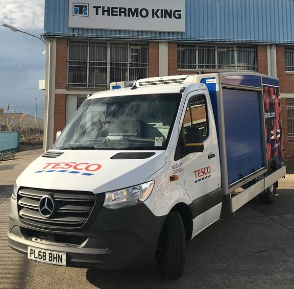 Thermo King E-200 Electric Refrigeration Unit)