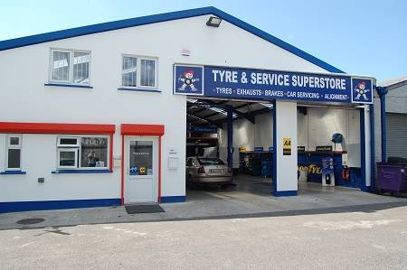 Tyre & Service Superstore)