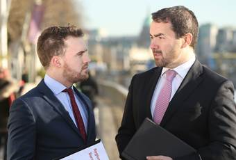 Patrick Kennedy of Amarach Research and Mark Kellett, CEO of Magnet, discussing the Magnet Regional Business Barometer, a study of 600 SMEs across Ireland)