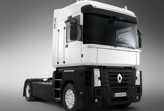 Renault)